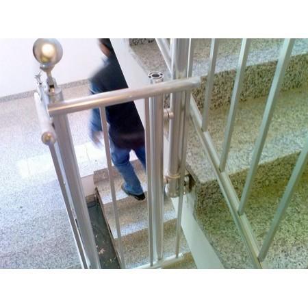 Zábradlí na schody model A3 boční, barva SILVER