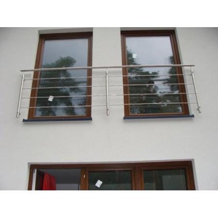 Nerezové kulaté zábradlí na francouzská okna model KN1